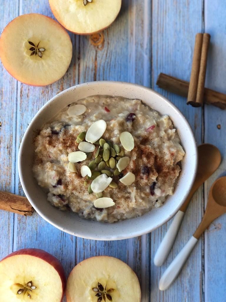 Apple pie porridge in a bowl.