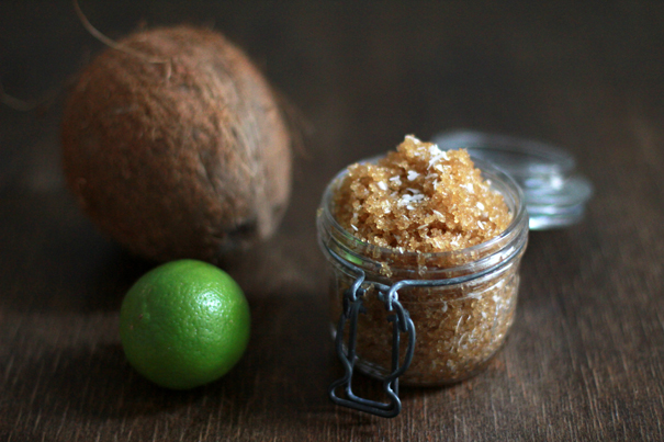 diy-vegan-peeling-coconut-lime-sugar_