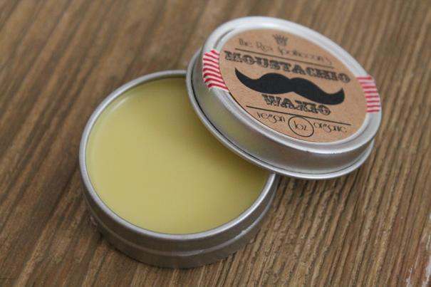 vegan_moustache_wax_moustachio_waxio