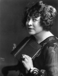 June Mathis - screenwriter