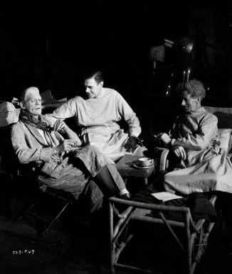 On set - Boris Karloff, Colin Clive and Ernest Thesiger