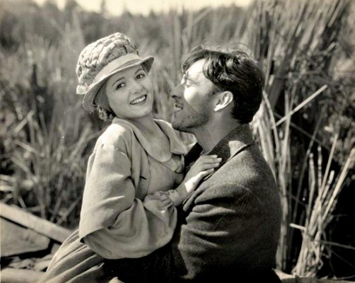 Janet Gaynor and George O'Brien in Sunrise.