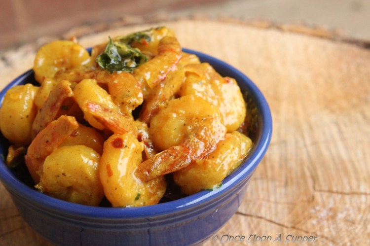 Cajun Shrimps doused in Cream sauce -- for a super quick indulgence!