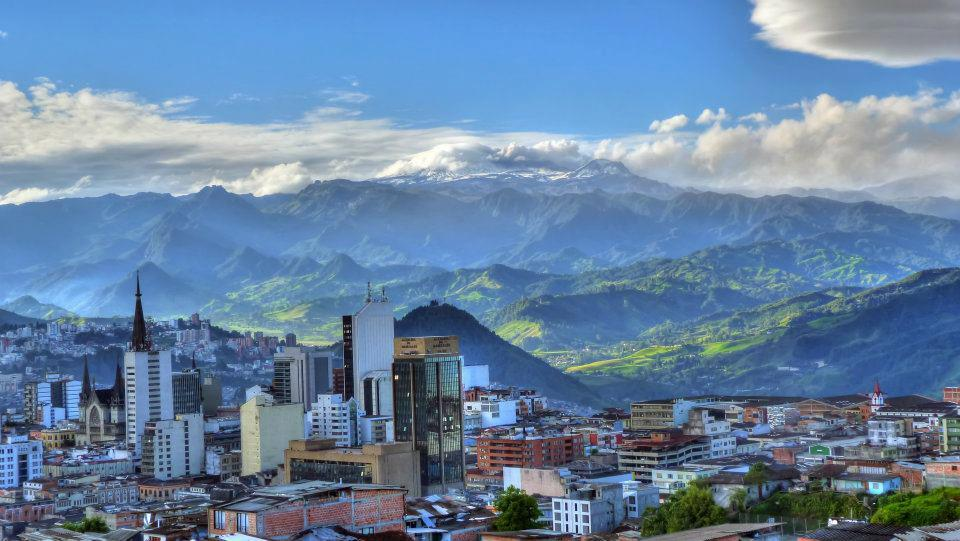 Why I Moved to Manizales, Colombia, by guest blogger Christian Medina