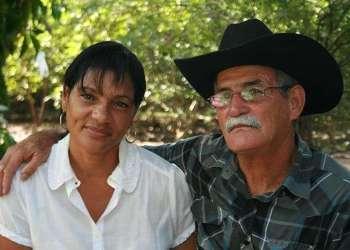 Ortelio Aguila Alfero y Yamilia María Favia. Foto: István Ojeda