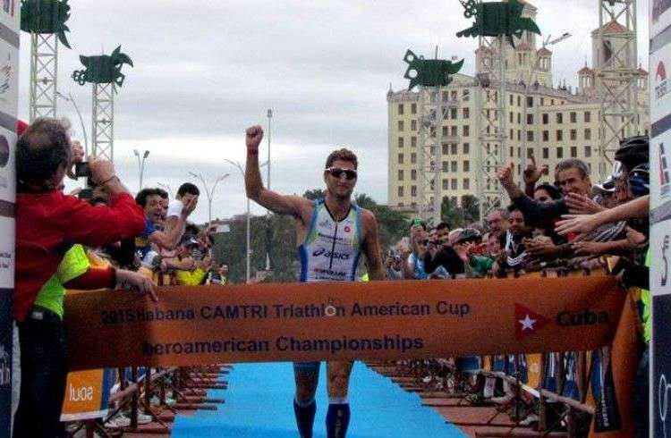 Juan Manuel Ascope traveled from Argentina to become the first Ironman Havana / Photo: Adriana Rodríguez Vives