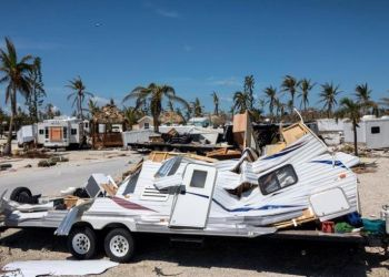 View of the mobile homes destroyed in Sunshine Key RV Resort after Hurricane Irma hit the Florida Keys on Ohio Key. Photo: Cristóbal Herrera / EFE.