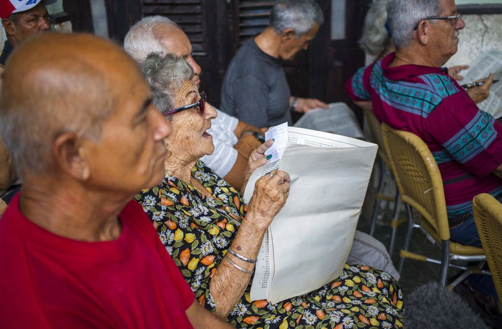 In this photo, taken on September 30, 2018, a woman presents her point of view about an issue during a public meeting in Havana about the constitutional reform. Photo: Desmond Boylan / AP.