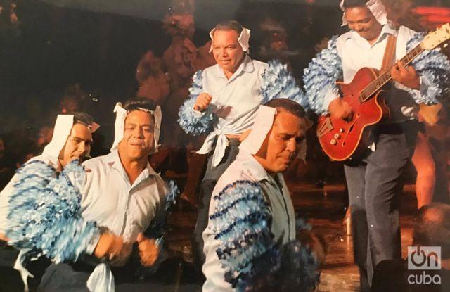 "Filming of ""Zafiros, locura azul."" Photo: Courtesy of Hugo Cancio."