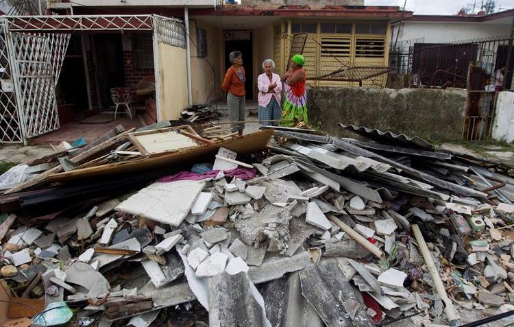 Damages caused in a house in Havana by the intense tornado of January 27, 2019. Photo: EFE.
