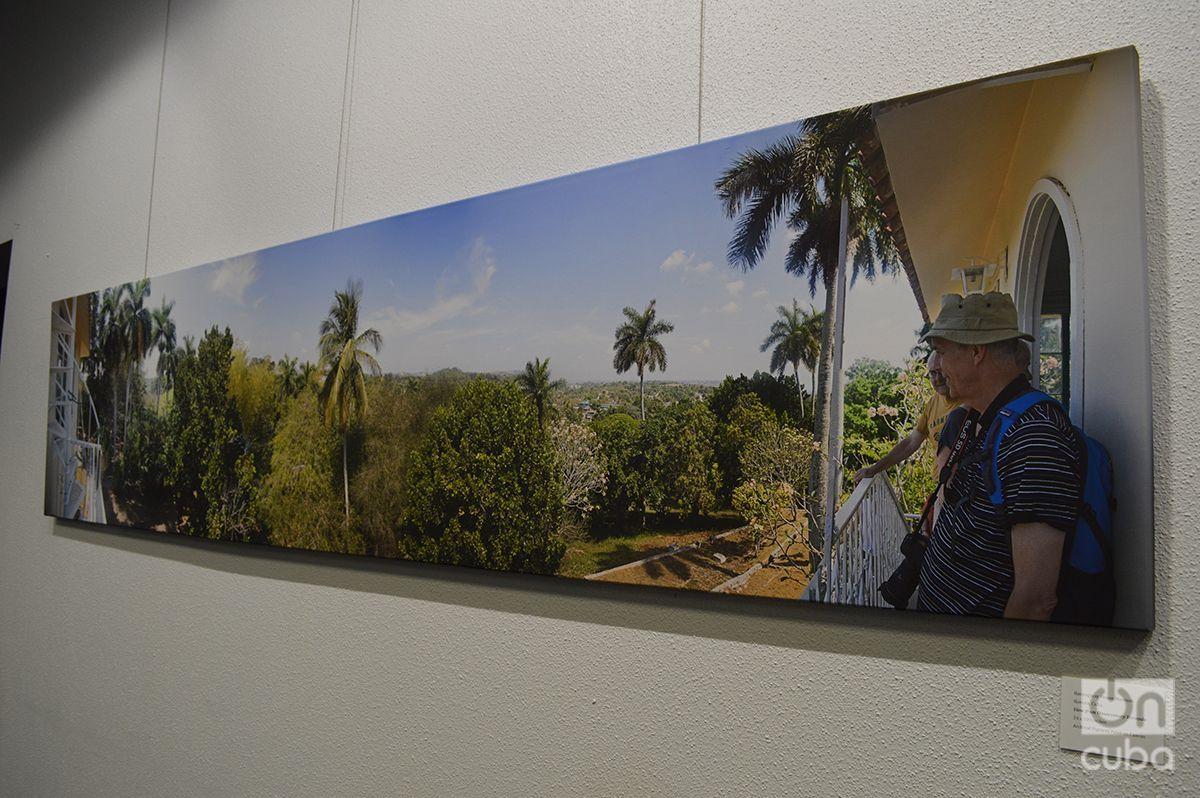 One of the exhibition's panoramic photos of Finca Vigía. Photo: Marita Pérez Díaz.