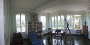 Interior of Hemingway's house in Finca Vigía. Photo: Courtesy of Hugo Fernández.
