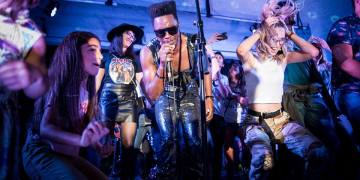 Cimafunk during the Miami concert. Photo: Eloy Costa / Cimafunk's Facebook profile.