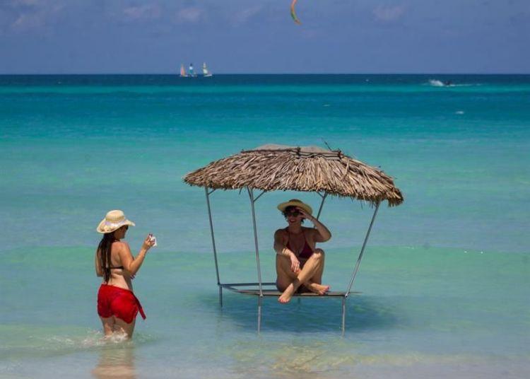 Varadero, declared by TripAdvisor as the second best beach in the world, in Matanzas. Photo: Yander Zamora/EFE.