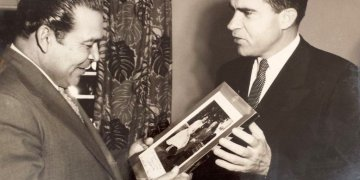 Richard Nixon (right) with Fulgencio Batista. Photo: hiveminer.com
