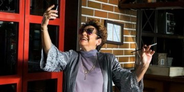 "Daysi Granados, in ""Habana Selfies,"" by Arturo Santana. Photo: habanaselfiesfilm.com"