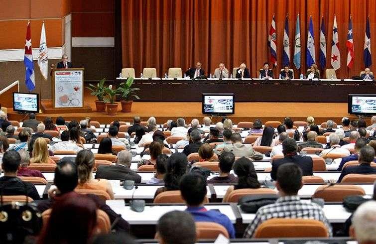 Inauguración del Congreso Centroamericano y del Caribe de Cardiología este 5 de junio en La Habana. Foto: Ernesto Mastrascusa / EFE.