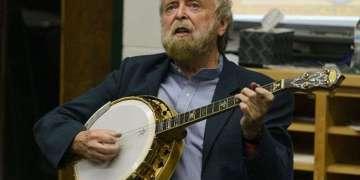 Mick Moloney / Foto: Tomada de Cubasí.