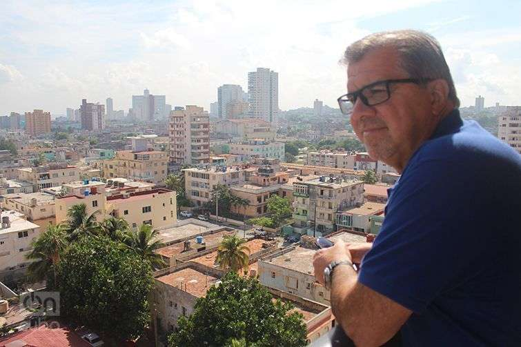 Frank del Río, presidente de Norwegian Cruise Line Holdings, de visita en La Habana. Foto: José Jasán Nieves