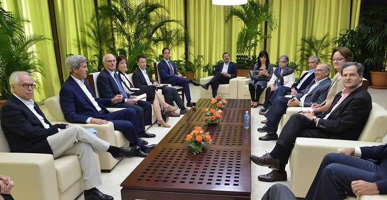 kerry_gobierno_colombia