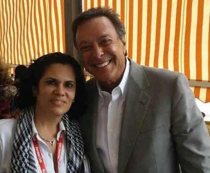Mike Fernández y Tahimi Arboleya, directora editorial de OnCuba. Foto: Alain L. Gutiérrez