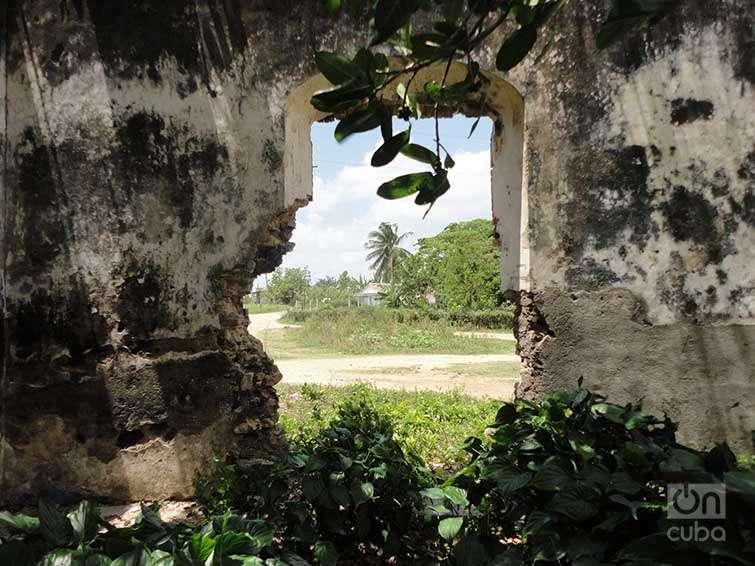 Ruinas en el Escambray. Foto: Maykel González Vivero