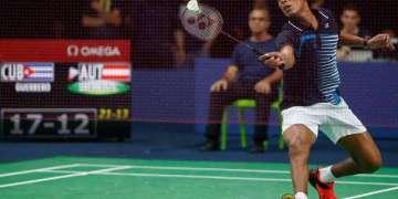 Osleni Guerrero, el primer badmintonista cubano en olimpiadas jugará por primera vez sábado.