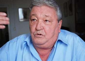 Julio Dempsey Fernández Bulté.