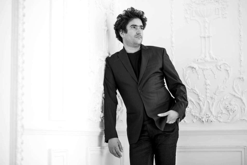 """El pianista Hárold López Nussa se presentará el miercoles 18 de enero a las 8:00 p.m. en """"La zorra y el cuervo""""."""