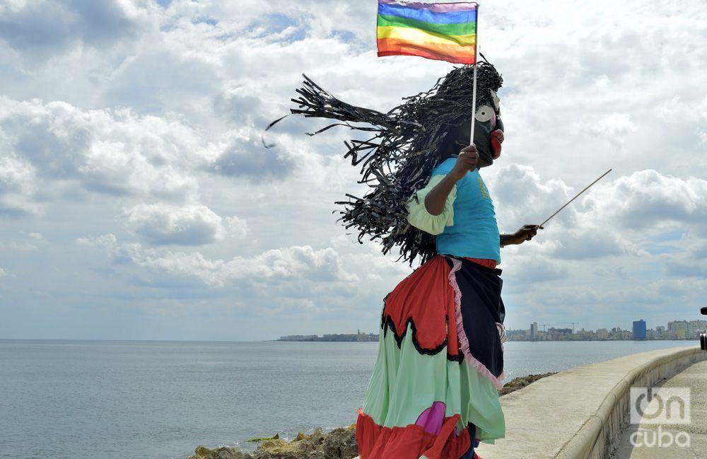Conga por la diversidad, de La Piragua al Pabellón Cuba en la X Jornada Cubana contra la Homofobia y la Transfobia. Foto: Otmaro Rodríguez.