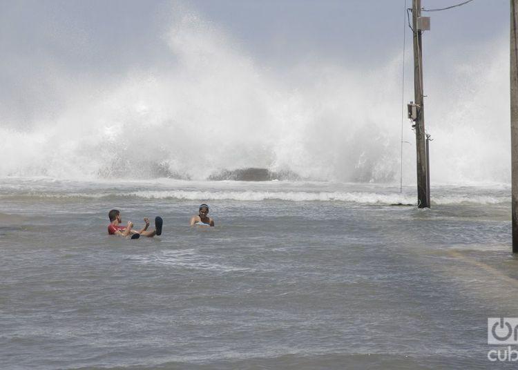 En la Habana, después del huracán Irma. Foto: Claudio Pelaez Sordo.