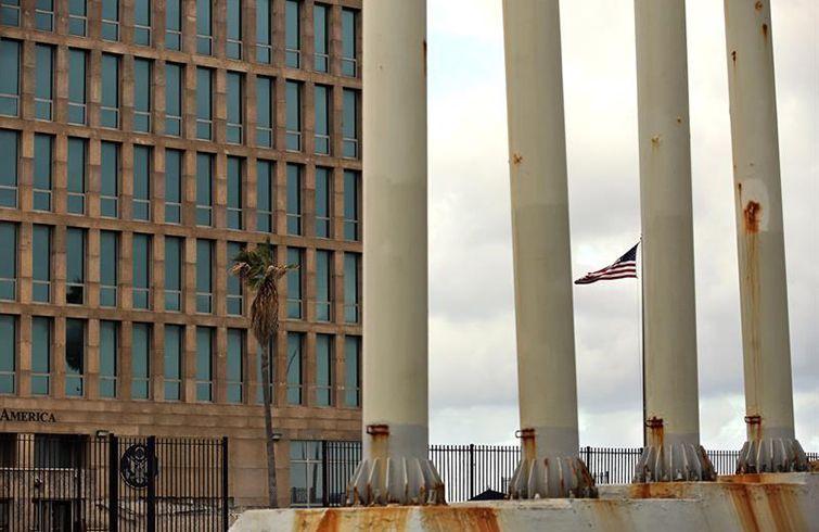 Embajada de los EE.UU en La Habana. Foto: Alejandro Ernesto / EFE / Archivo.