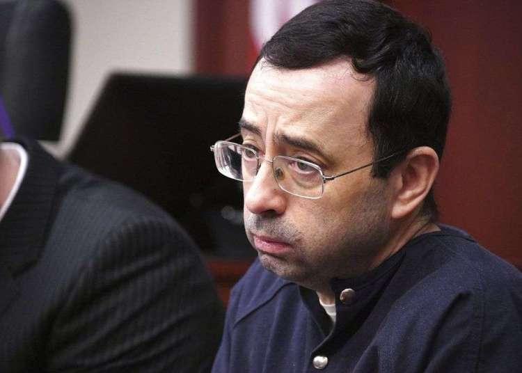 Larry Nassar, el médico del equipo de gimnasia acusado de abuso sexual, en el tribunal de Lansing, Michigan, el 23 de enero de 2018. Foto: Dale G.Young / Detroit News vía AP.