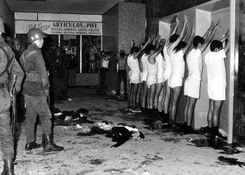 El 2 de octubre de 1968, el gobierno del presidente Gustavo Díaz Ordaz las manifestaciones en la Plaza de las Tres Culturas. Son conocidos como los sucesos de Tlatelolco.