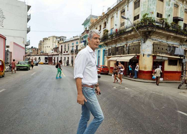Anthony Bourdain en La Habana. Foto: Medium de Anthony Bourdain.