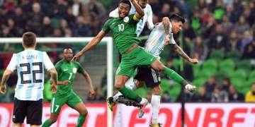Las Águilas Verdes de Nigeria son el único equipo africano clasificado tanto al Mundial de Brasil como al de Rusia. Foto: aletrionfini.com.
