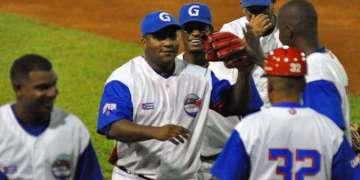Con sus tres victorias en Bayamo, los Alazanes se han puesto a un paso de retener la corona de Cuba. Foto: CNC TV Granma.