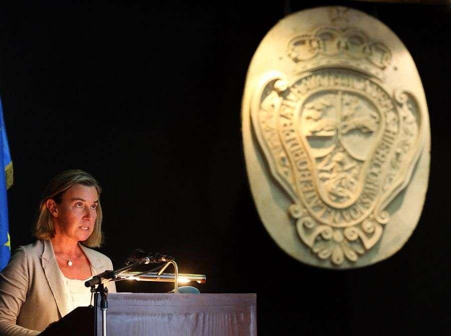 Federica Mogherini ofrece conferencia en el Colegio San Gerónimo de La Habana. Foto: Alejandro Ernesto / EFE.