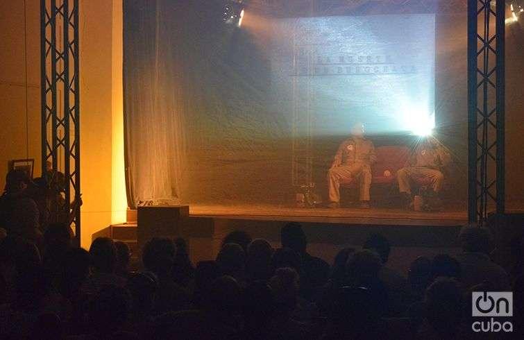 Estreno de la obra teatral Humo, en el Festival de Cine de Gibara. Foto: Manuel Rodríguez Yong.