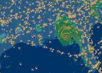 Cientos de aviones bordean el huracán Michael a su llegada a la Florida. Imangen: @flightaware