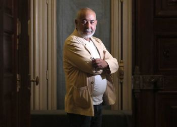 Leonardo Padura, Premio de Novela Histórica Barcino. Foto: @TusquetsEditor / Twitter.