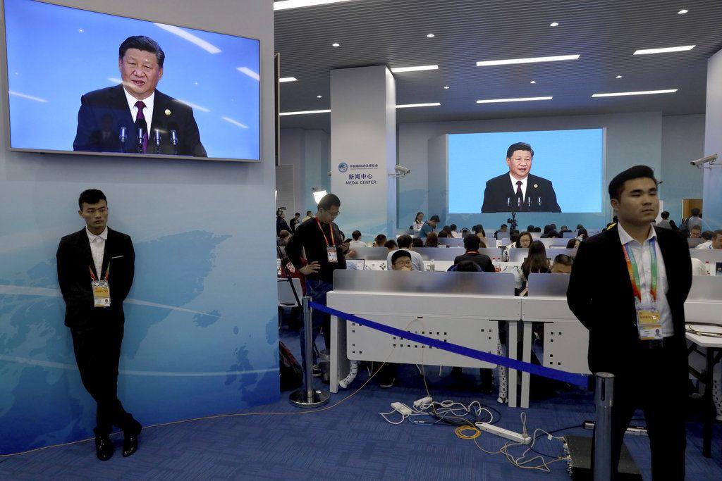 El presidente chino, Xi Jinping, en una transmisión en vivo, inaugura la Expo Internacional de Importaciones en Shanghai, China, lunes 5 de noviembre de 2018. Foto: Ng Han Guan / AP.