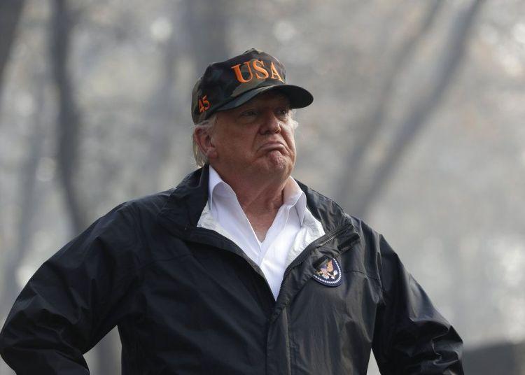 El Presidente Donald Trump en Paradise, California. Foto: Evan Vucci / AP.