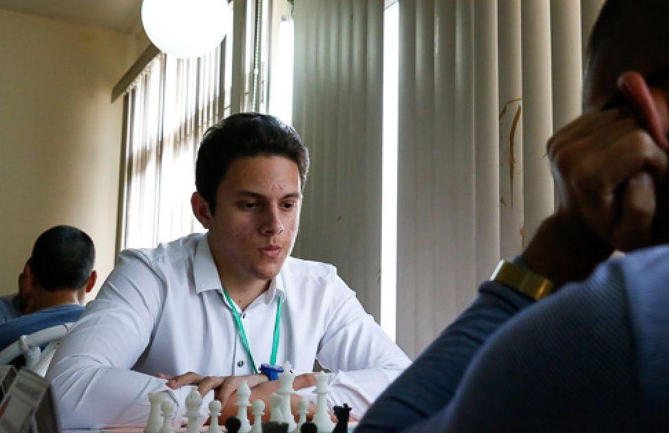El ajedrecista cubano Carlos Daniel Albornoz. Foto: cubitanow.com