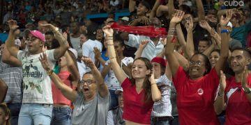 Más de un millón de fanáticos han asistido a los estadios durante la segunda ronda de la presente 58 Serie Nacional. Foto: Otmaro Rodríguez
