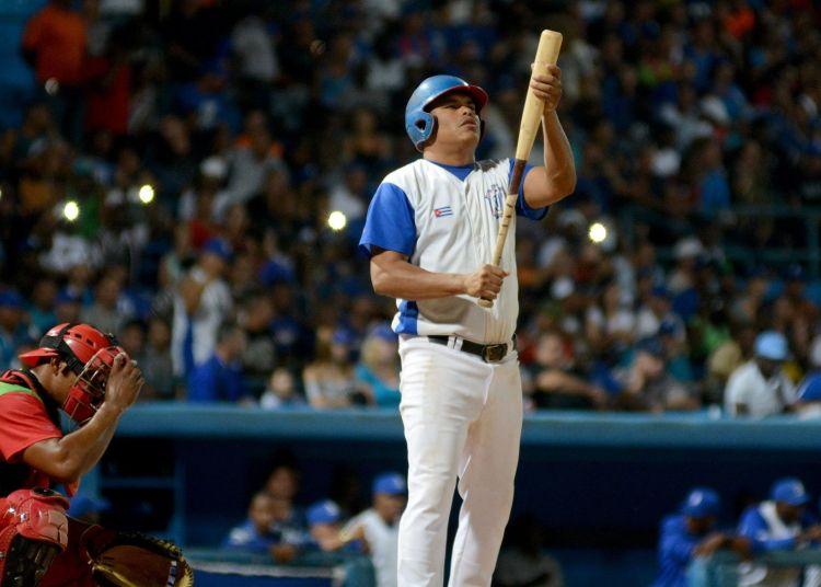 Una notable demanda de bateadores para la postemporada marcó la última selección de refuerzos de la 58 Serie Nacional. Foto: Ricardo López Hevia