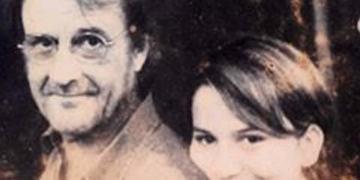 Eduardo Aute y la autora. Foto: Cortesía de Violeta Rodríguez Chaviano.