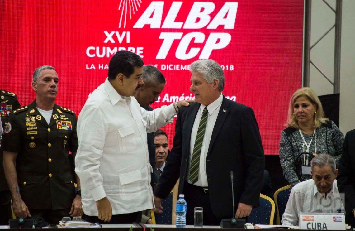 Los presidentes de Cuba, Miguel Díaz-Canel (c-d) y de Venezuela, Nicolás Maduro (c-i), durante la XVI Cumbre de Jefes de Estado y de Gobierno del Alba realizada el 14 de diciembre de 2018 en La Habana. Foto: Otmaro Rodríguez.