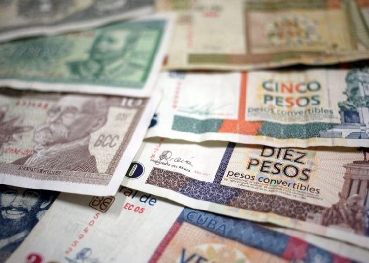 Billetes cubanos. Foto: EFE / Archivo.