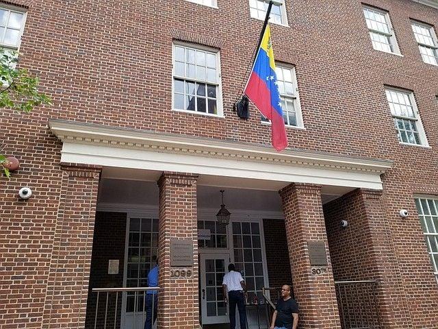 Embajada de Venezuela en Estados Unidos. Foto: eltiempolatino.com